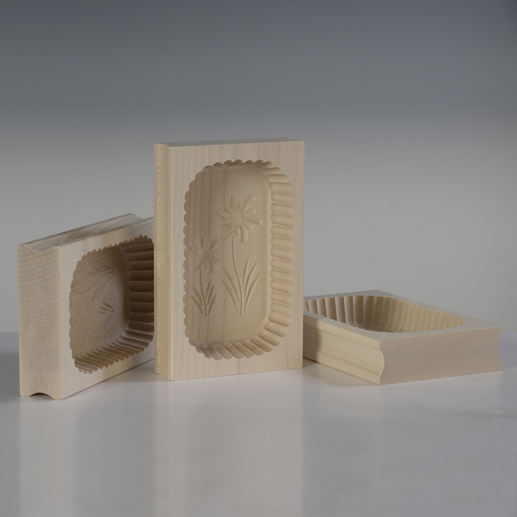 Stampi per burro, realizzati in legno con fondo staccato